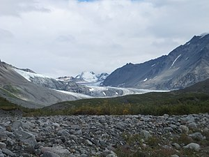 Gulkana Glacier - Image: Gulkana Glacier, Alaska, view from PEWE post, August 2013