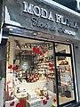 HK SW 上環 Sheung Wan 皇后大道中 Queen's Road Central 街鋪 商店 shop June 2020 SS2 05.jpg