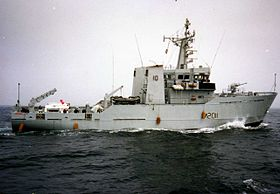 HMS Orwell (M2011) Bay of Biscay 1990.jpg