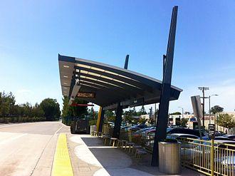 Reseda station - Platform View