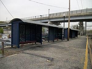 Halethorpe station - Southbound Halethorpe Station platforms prior to the reconstruction.