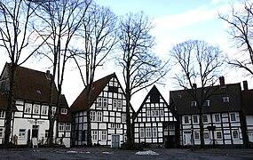 Halle kirchplatz1.jpg