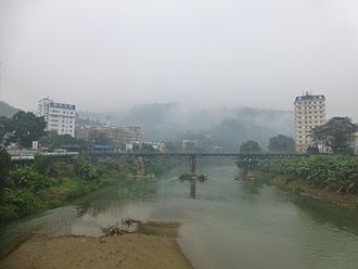 Kunming–Haiphong railway - The Kunming–Haiphong railway crossing the Nanxi River from Lao Cai, Vietnam (on the right) to Hekou, China (on the left)