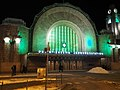 Helsinki Central railway station illuminated.jpg