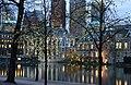 Het Torentje en de Hofvijver (10841653765).jpg