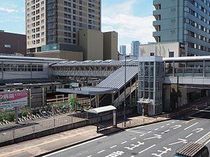 Higashi-Kanagawa Station - Image: Higashikanagawa Sta W