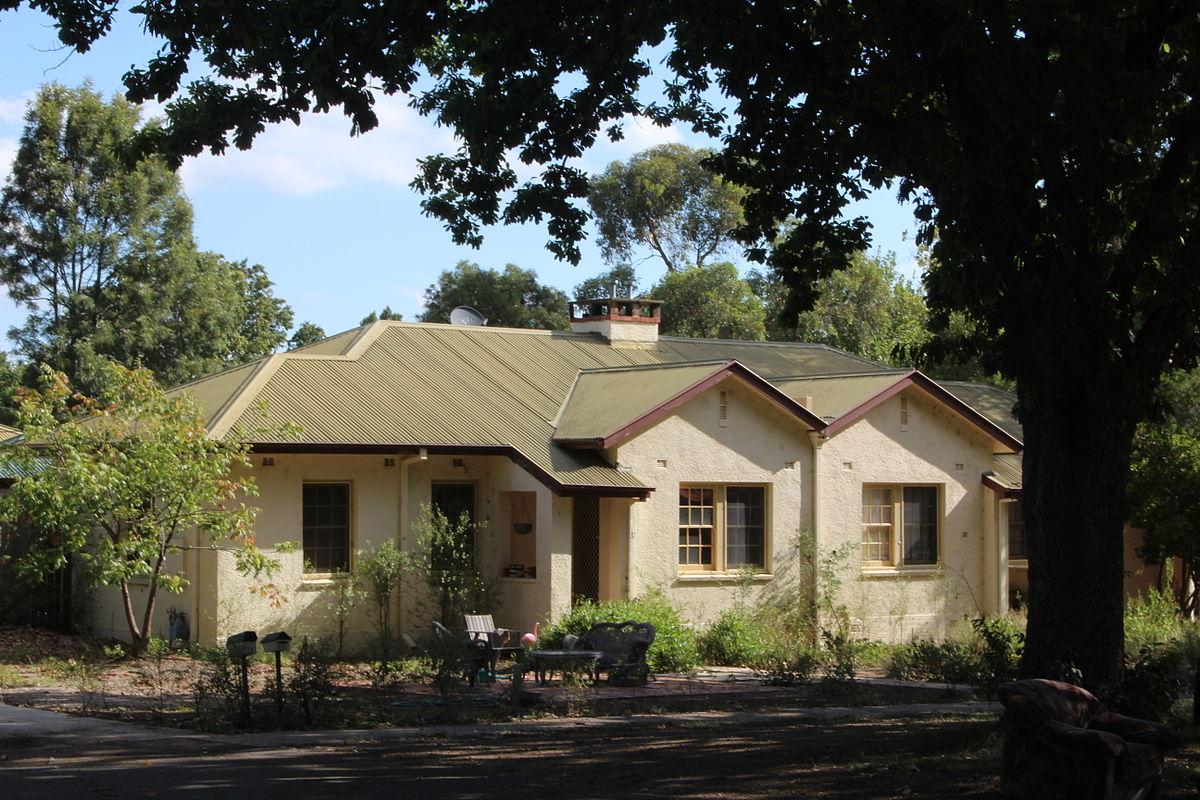 Ainslie australian capital territory wikipedia for Wakefield house