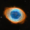 Hubble image of the Ring Nebula (Messier 57).jpg
