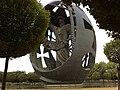 Huevo de Colon - Sevilla - Parque de San Jeronimo - panoramio.jpg