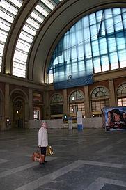IMG_7174_-_Torino_-_Atrio_della_Stazione_Porta_Nuova_-_Foto_Giovanni_Dall'Orto_18-Mar-2007.jpg