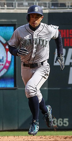 Ichiro Suzuki - Minnesota Twins - Opening Day vs Seattle Mariners (40371667045) 1.jpg