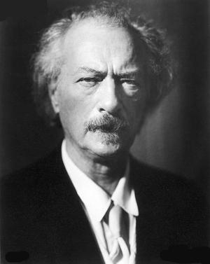 Ignacy Jan Paderewski - Paderewski circa 1935