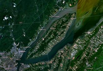Île d'Orléans - Satellite image of Île d'Orléans in the Saint Lawrence River