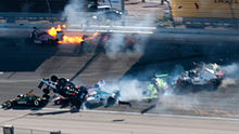 Photo de l'accident de Las Vegas où Dan Wheldon trouve la mort, le 16 octobre 2011
