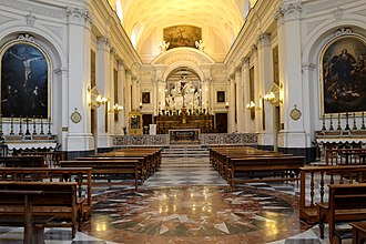 Santissima Trinità dei Pellegrini, Naples - Sculptures round the high altar