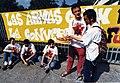 Intsumisoak SAPA enpresaren aurrean kateatuta (95-253).jpg