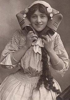 <i>Miss Hook of Holland</i> musical
