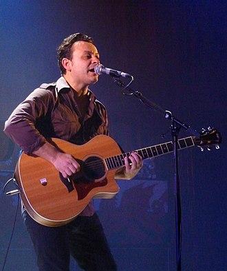James Dean Bradfield - Bradfield in De Montfort Hall in 2010