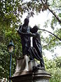 Jean Leclaire's statue, 2009-07-31 008.jpg