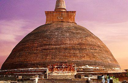 Jetavanaramaya 2.jpg