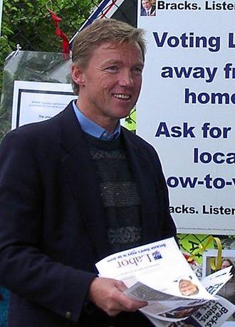 John Thwaites (Australian politician) - Image: John Thwaites (29 November 2002)