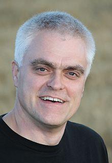Jon Bentley (TV presenter)