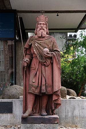 Historical Museum, Frankfurt - The portrait of Charlemagne in front of the Historisches Museum