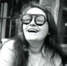 http://upload.wikimedia.org/wikipedia/commons/thumb/f/fe/Kate_millet_1.jpg/220px-Kate_millet_1.jpg