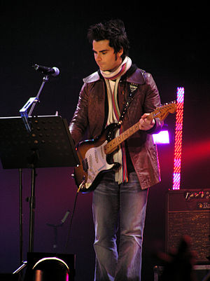Tsunami Relief Cardiff - Kelly Jones performing at the concert