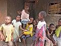 Kinderen in het dorp (6645784337).jpg