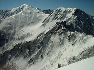 Kiso Mountains - Image: Kisokomagatake from mugikusadake 25 2007 4 29