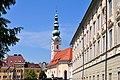 Klagenfurt Heiligengeistkirche und Landhaus 14072009 41.jpg