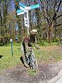 Kołobrzeg - zielony cyklista.jpg