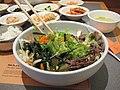 Korean.cuisine-Bibimbap-09.jpg