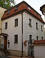 Kostel sv. Vavřince (Malá Strana), Praha 1, Hellichova 18, Malá Strana - část souboru dům čp. 553.jpg