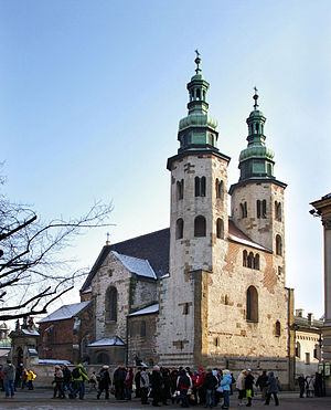 Fortified church - Image: Krakow kosciol 20071229 1246
