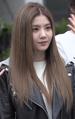 Kwon Eun-bi at Music Bank on April 19, 2019.png