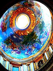 L'intérieur de La basilique St Pierre.JPG