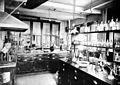 Laboratory of the Wellcome Chemical Research Laboratory Wellcome L0029864.jpg