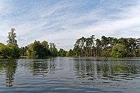 Lac Inférieur du Bois de Boulogne, Paris 26 August 2015.jpg