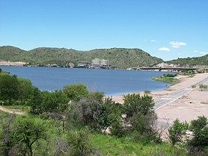 Potrero de los Funes Dam - Image: Lago Potrero de los Funes