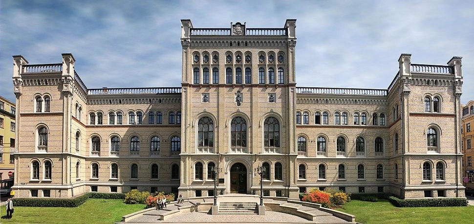 Latvijas Universitāte - ogre11 - Panoramio