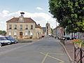Le Mesnil-Aubry - Rue de Paris 01.jpg