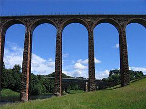 Leaderfoot Viaduct - Image: Leaderfoot Viaduct 2