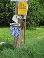 Low9th7June07EganizBurdgundySigns.jpg