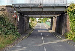 Lower Road railway bridge 4.jpg