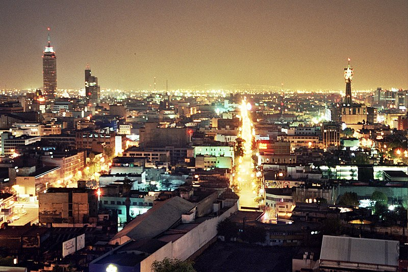 പ്രമാണം:México City at Night 2005.jpg