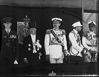Prince Michael of Romania, President Edvard Beneš of Czechoslovakia, King Carol II of Romania, Prince Regent Paul of Yugoslavia, and Prince Nicholas of Romania, in Bucharest, Romania in 1936.