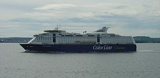 Color Line (ferry operator) - Image: MS Color Fantasy outbound at Horten