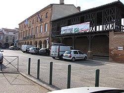 Mairie de Saint-Sulpice-sur-Lèze.JPG